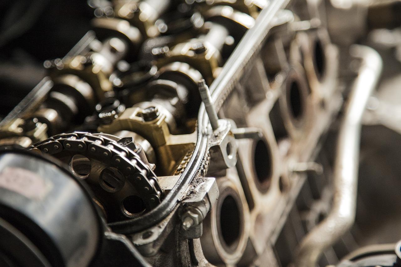 Bilens motor: Från komplicerat till lätt